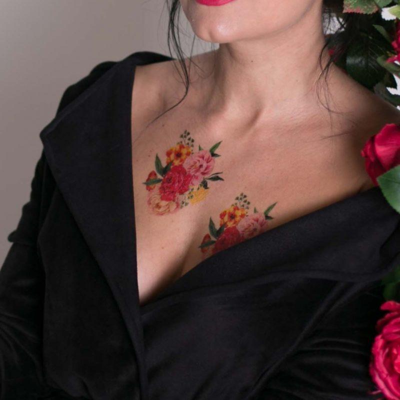 Тату цветы акварель на груди
