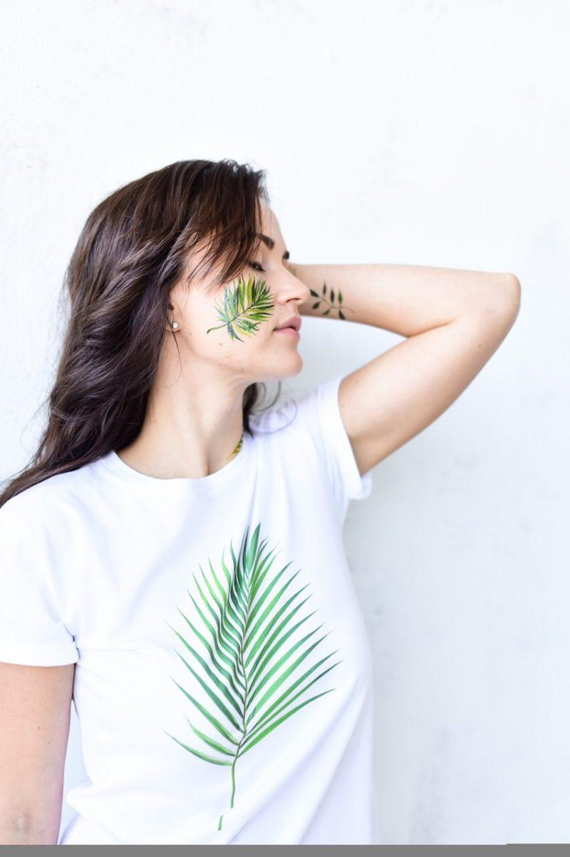 Временная тату сет зеленого листья на щеке