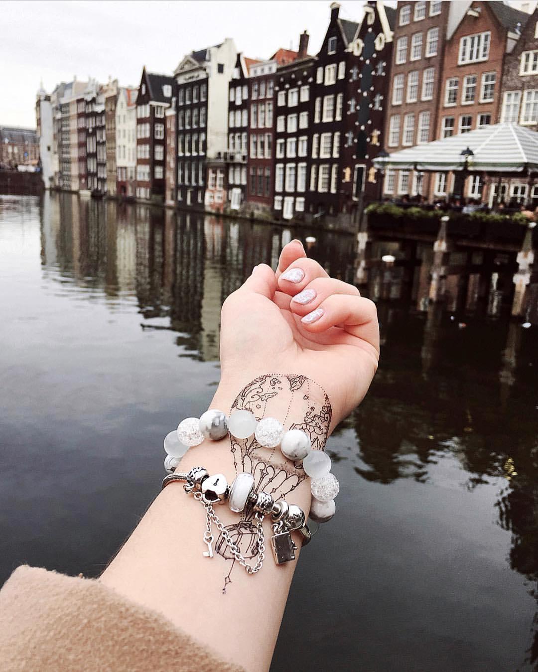 Временная тату воздушный шар в амстердаме