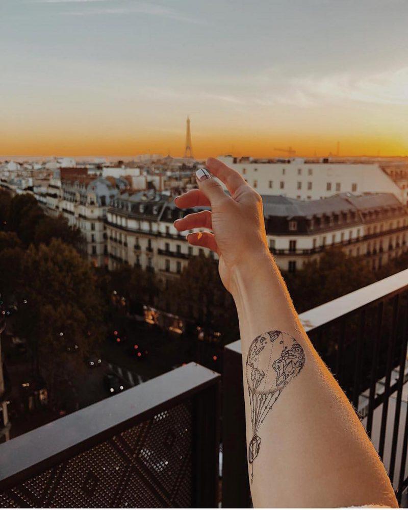временное тату воздушный шар в париже